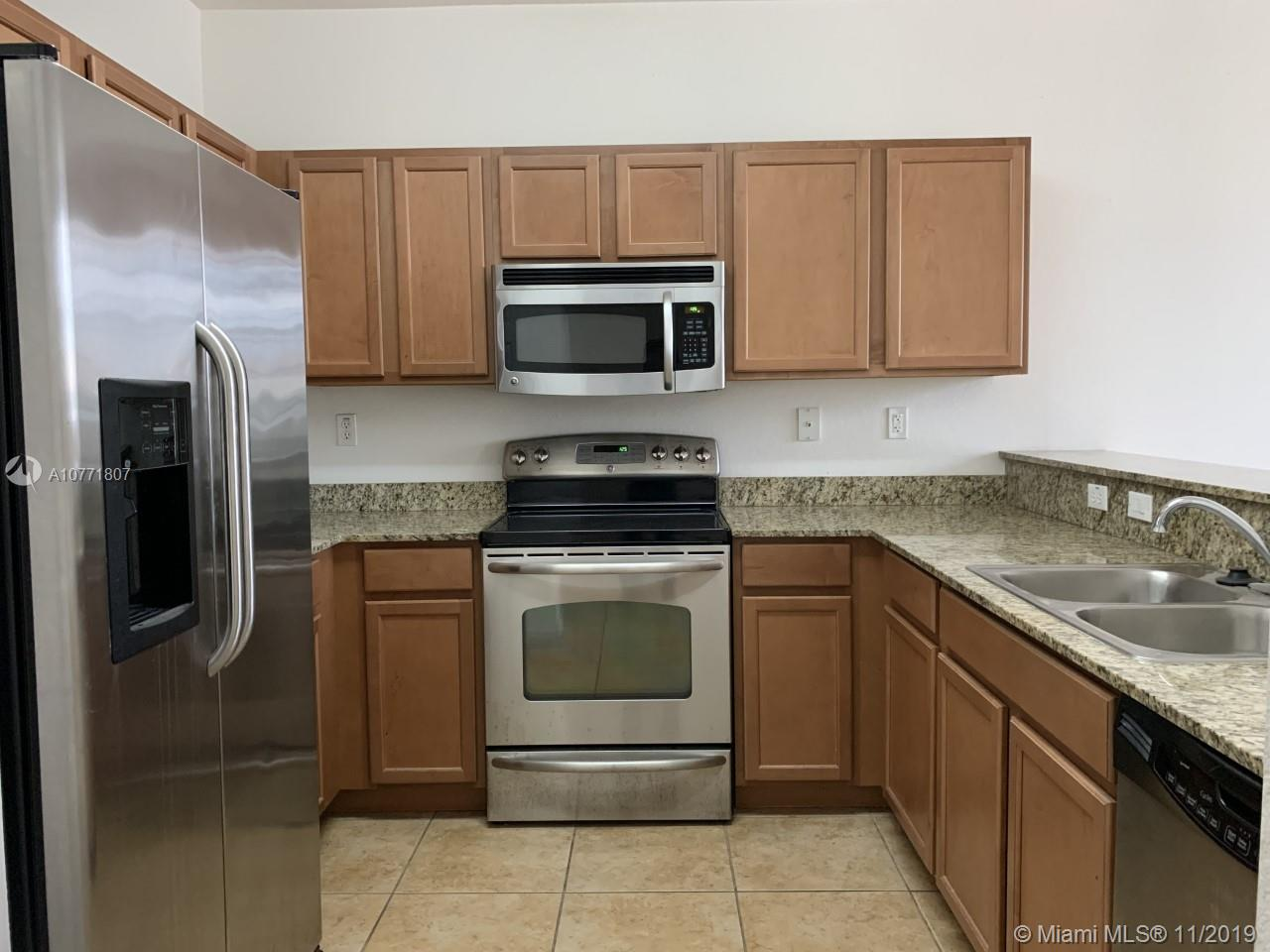 10870 NW 88th Ter #209 For Sale A10771807, FL