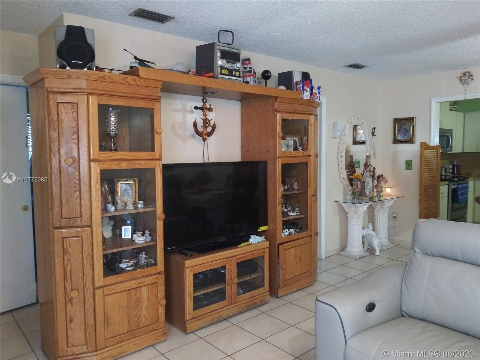 10815 SW 146th Pl  For Sale A10772085, FL