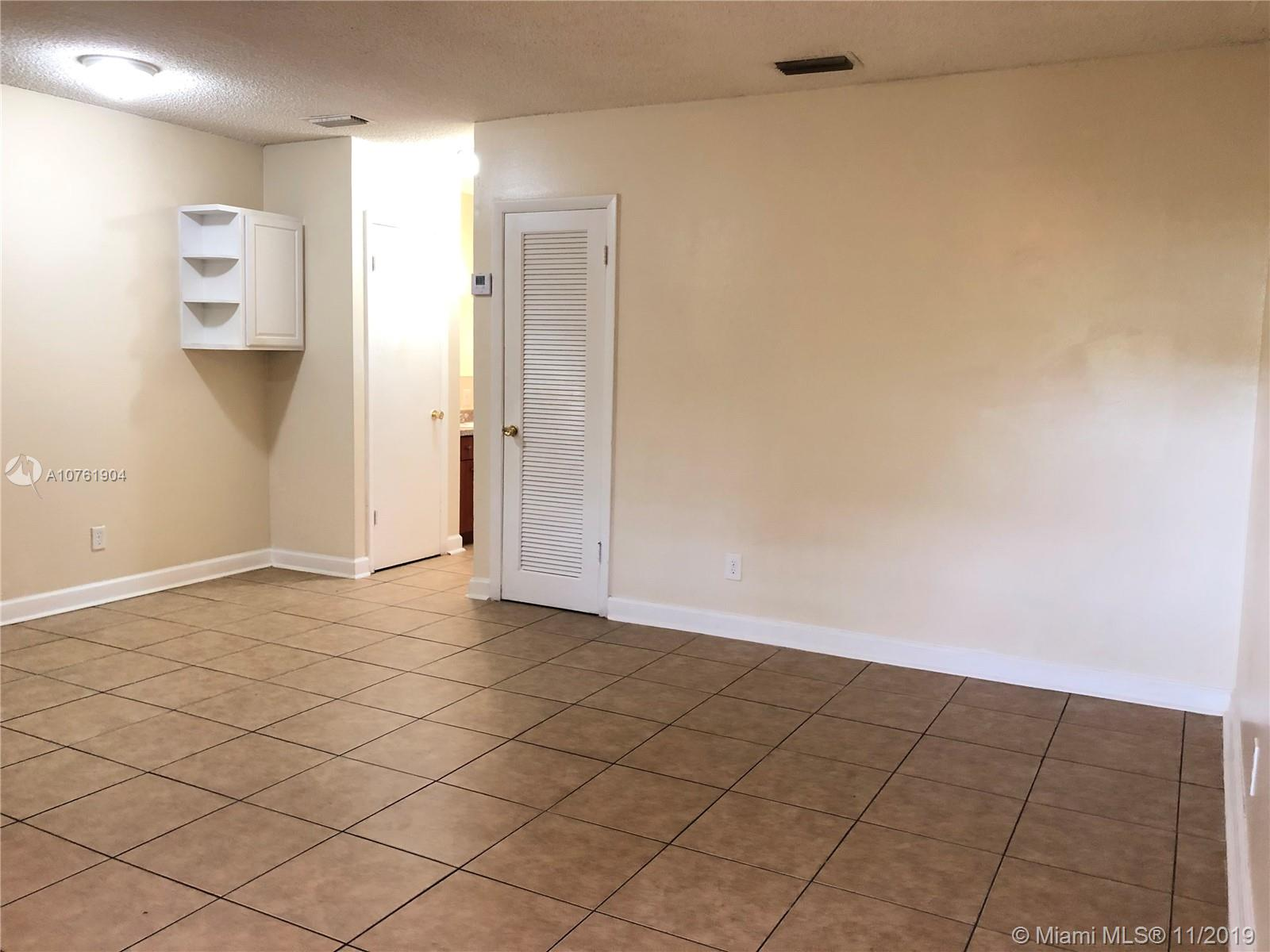 716 SW 16th Ave #3 For Sale A10761904, FL