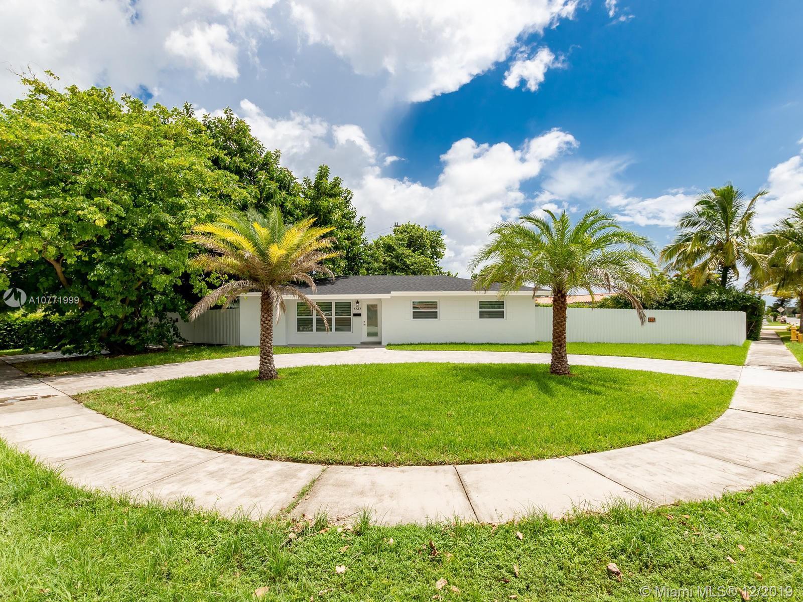 1131 SW 93 PL, Miami, FL 33174