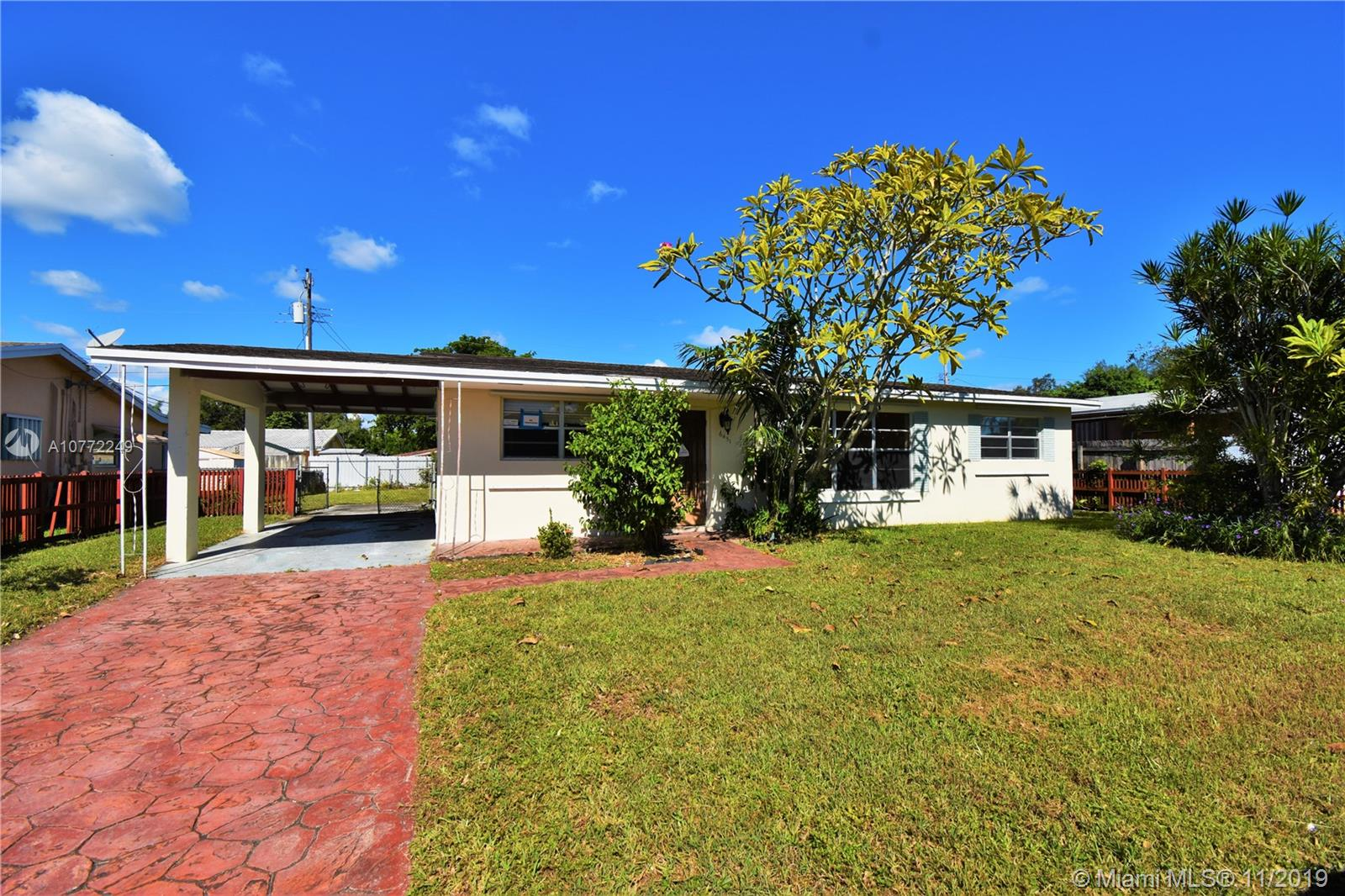 6451  Garfield St  For Sale A10772249, FL