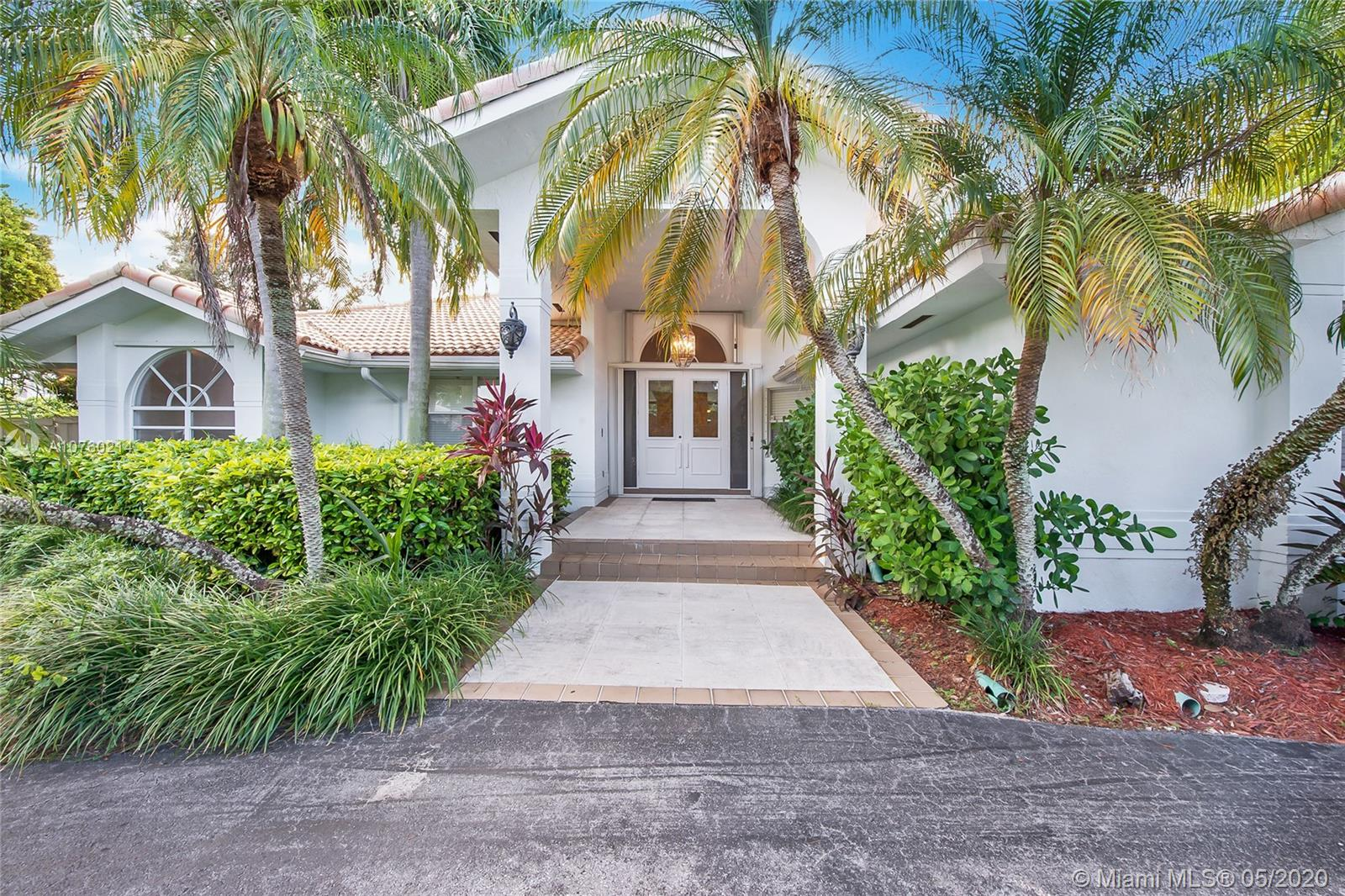 16220 SW 77th Ct  For Sale A10760214, FL