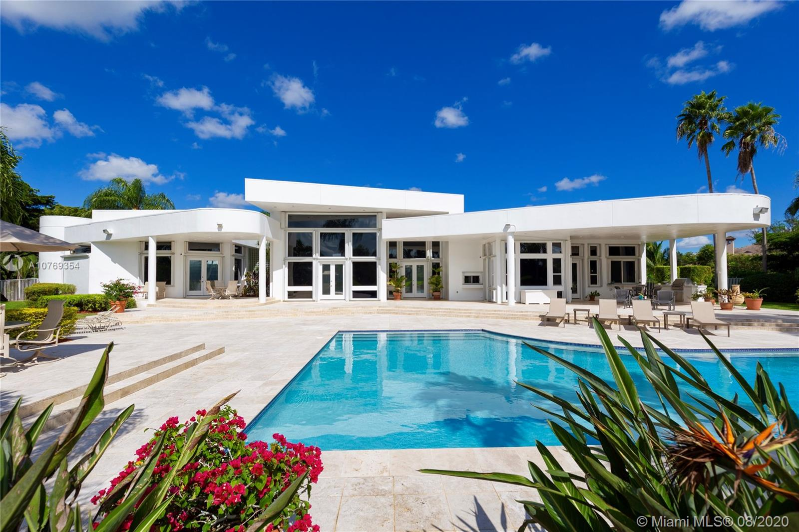 2895  Luckie Rd  For Sale A10769354, FL