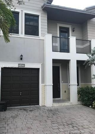 10430 NW 58th Ter #10430 For Sale A10772429, FL