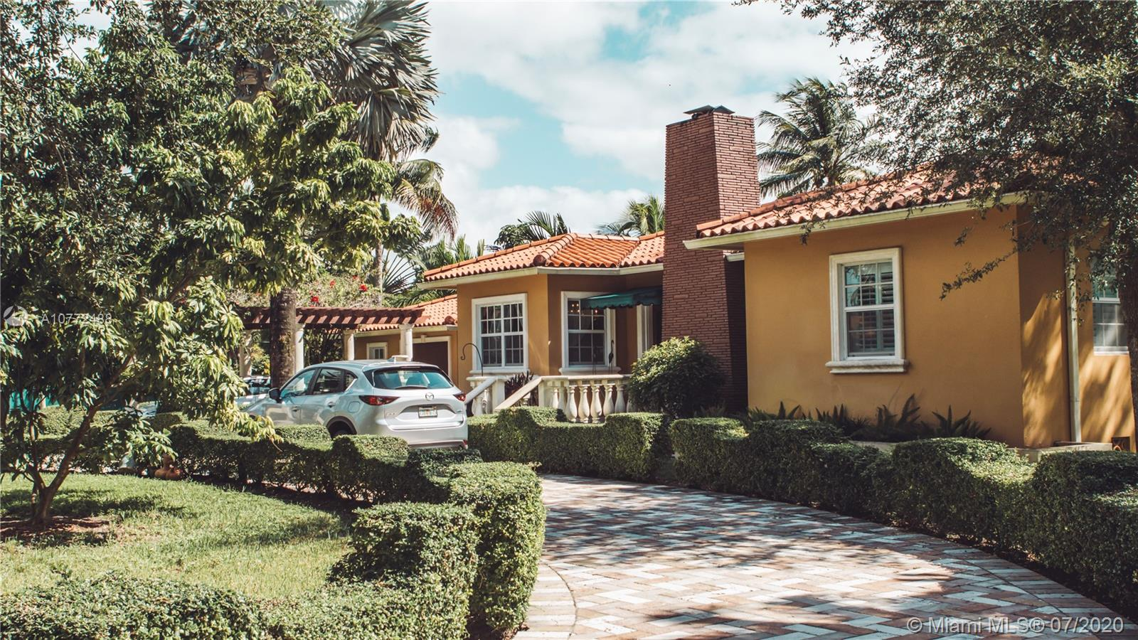 6445 SW 102nd Ave  For Sale A10772488, FL