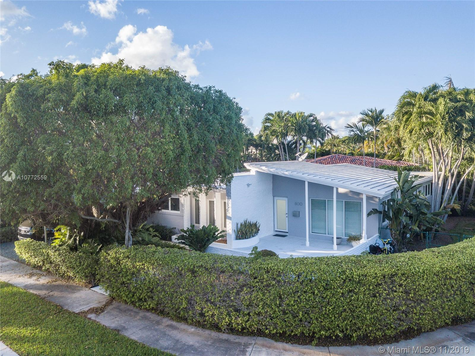 800 E Dilido Dr  For Sale A10772559, FL