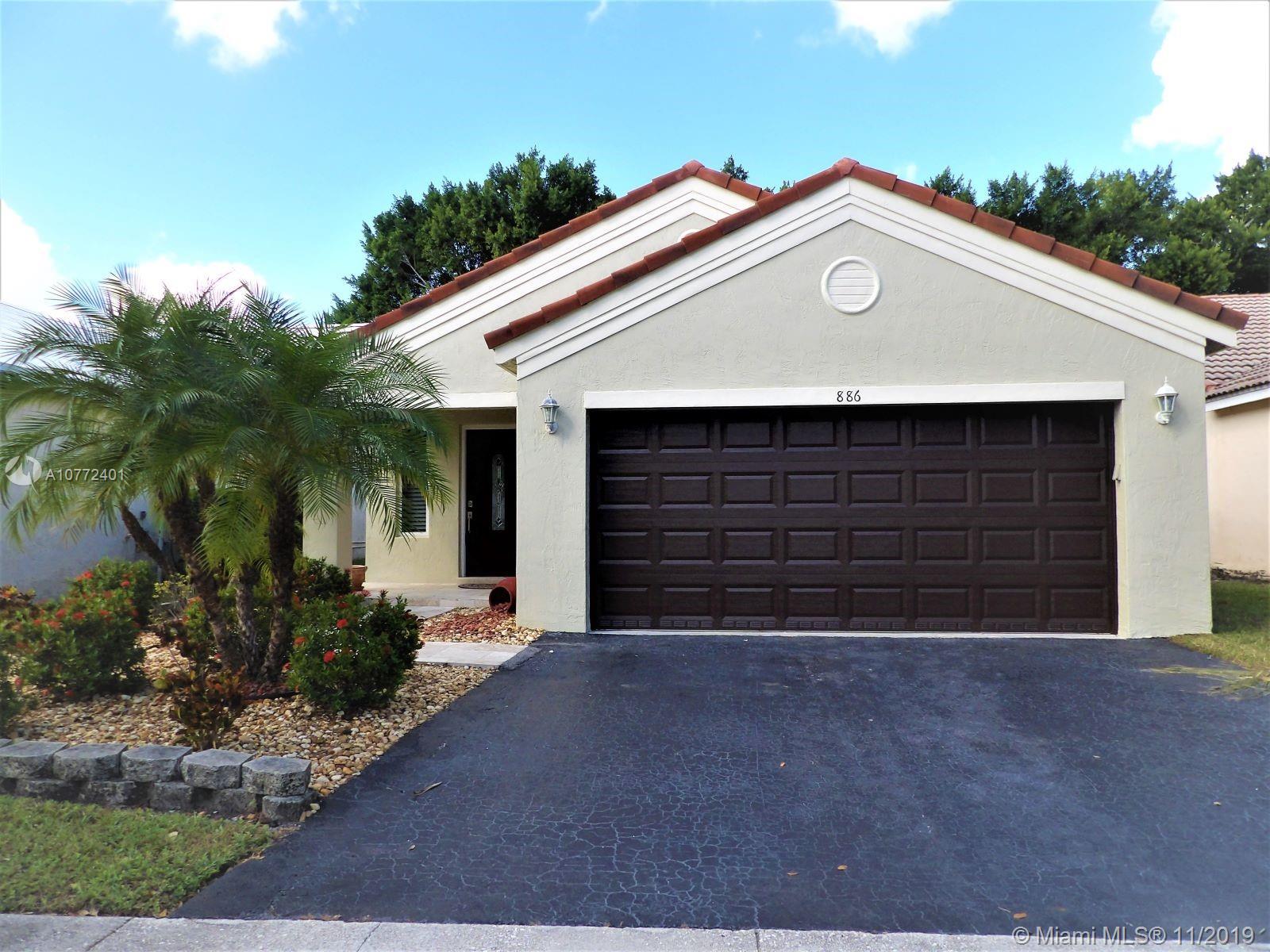 886  San Remo Dr  For Sale A10772401, FL