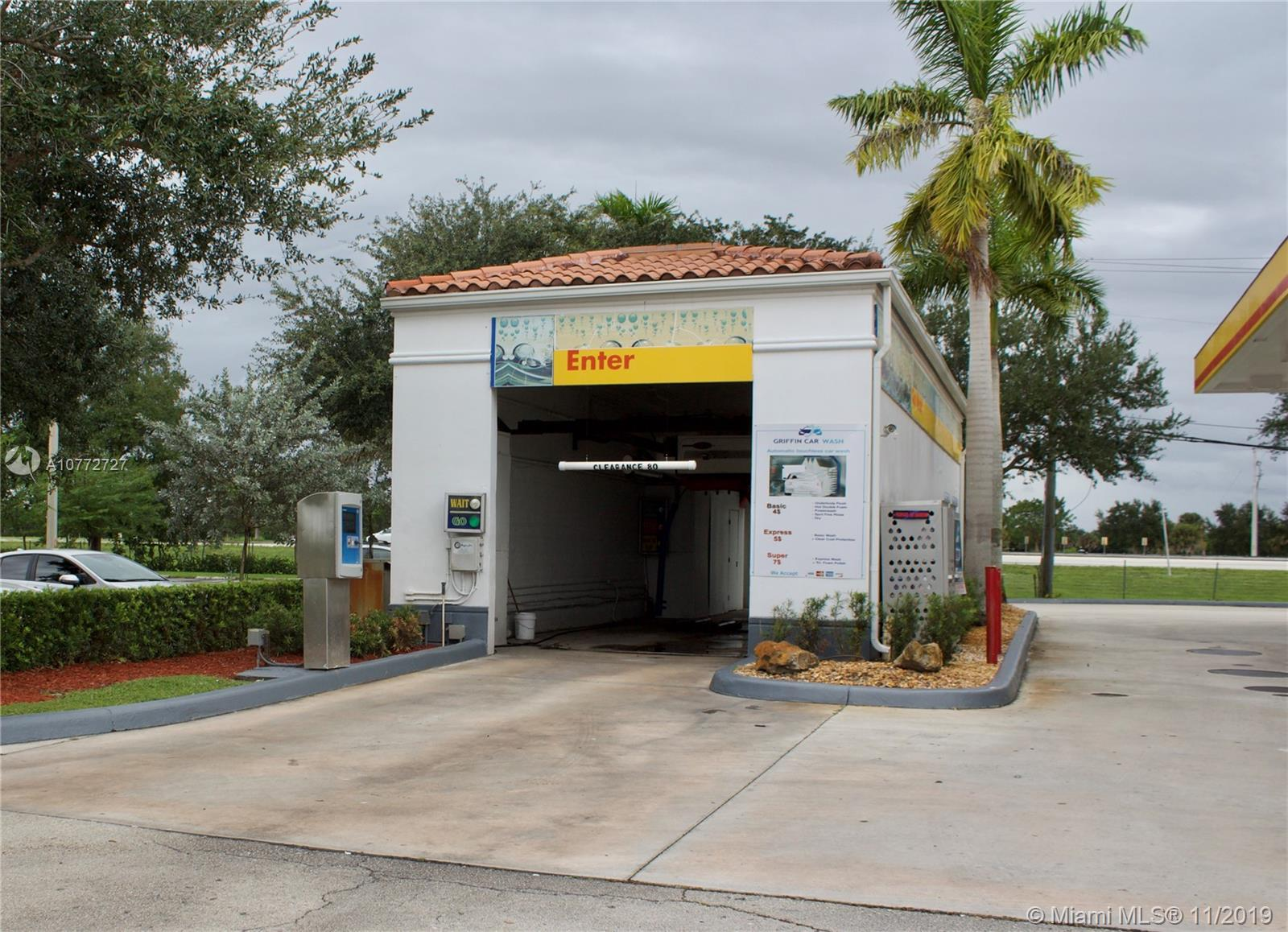 14810  Griffin Rd  For Sale A10772727, FL
