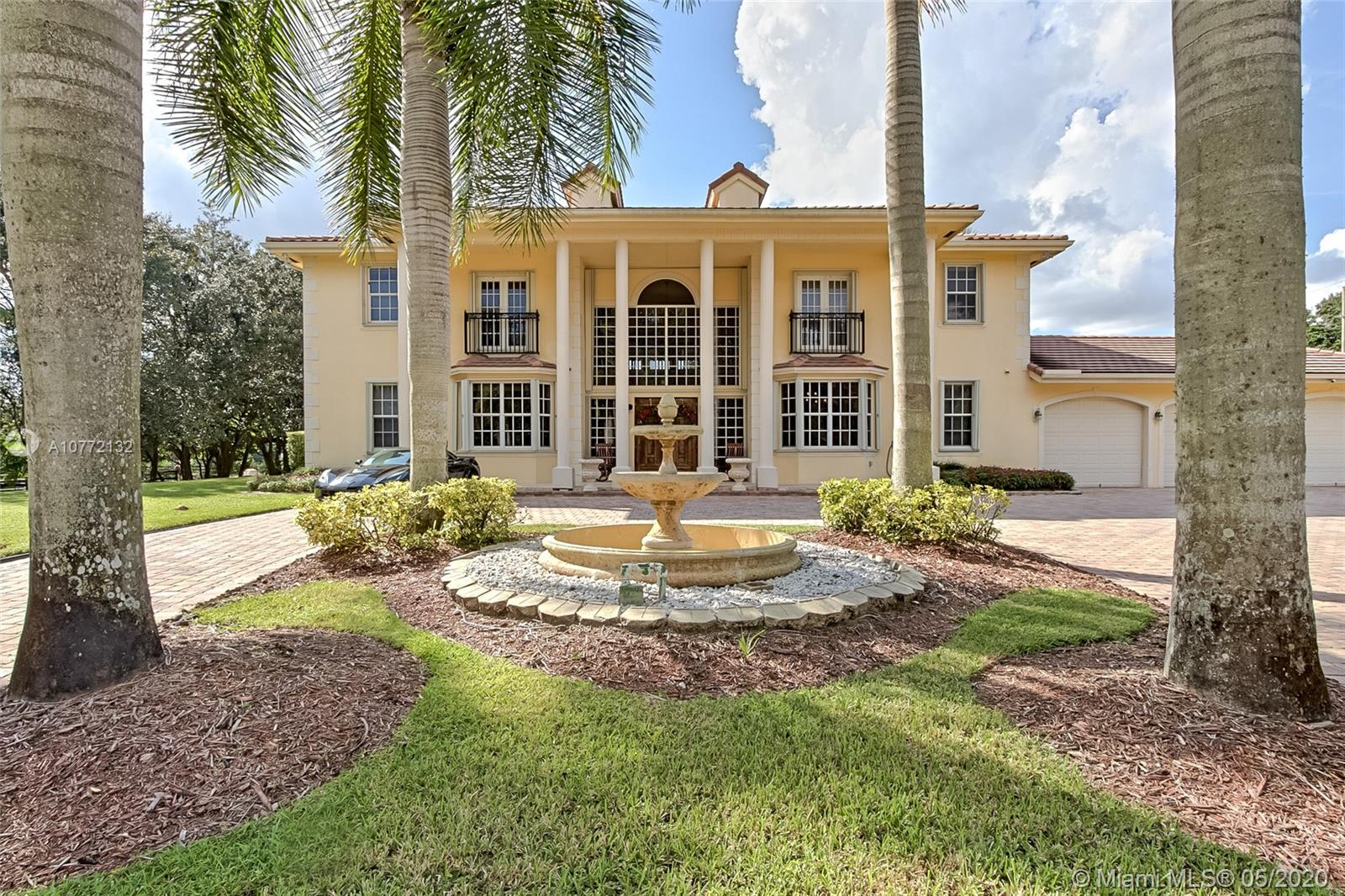 5400 SW 182nd Ter  For Sale A10772132, FL