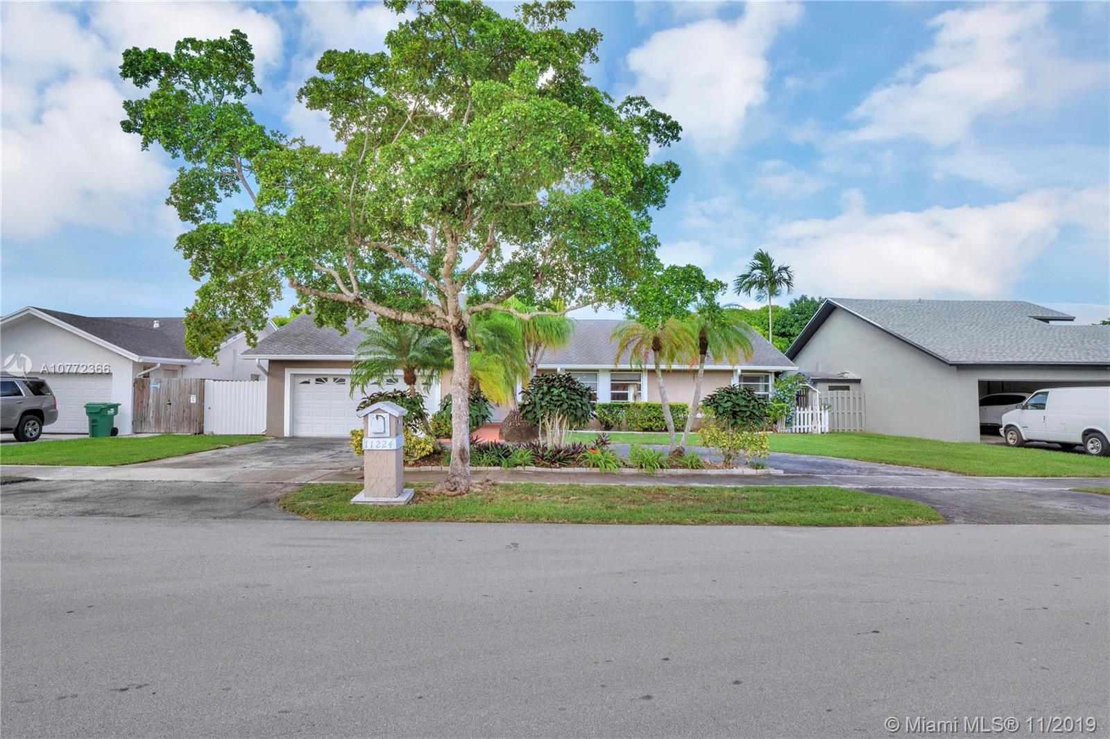 11224 SW 128 CT  For Sale A10772366, FL