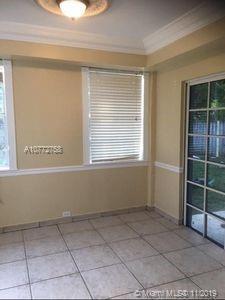 990 NE 13 Ave  For Sale A10772758, FL