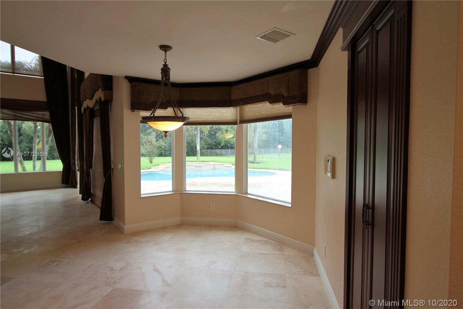 Image 11 For 11268 Water Oak Pl