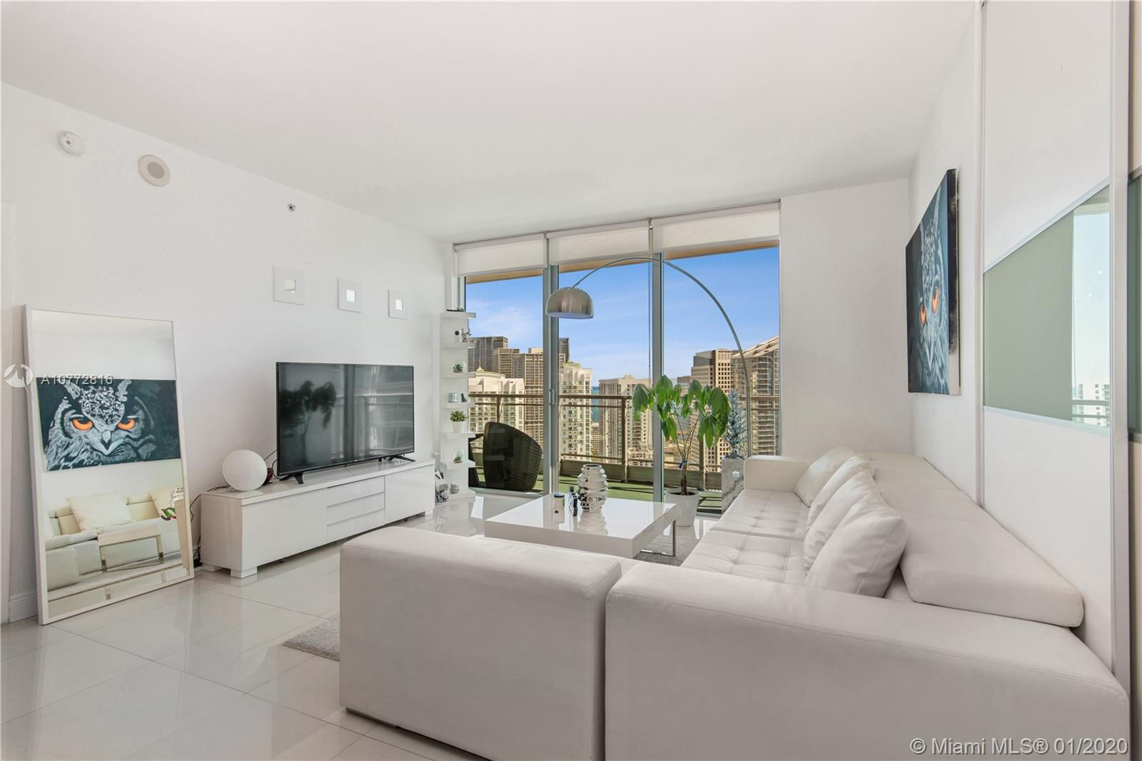 90 SW 3rd St #4410 For Sale A10772816, FL