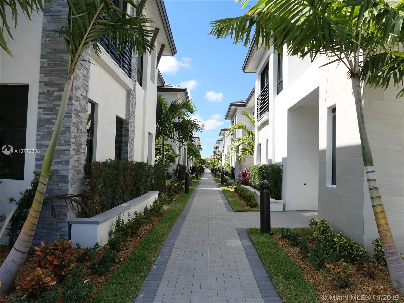 8252 NW 46th Ter  For Sale A10772698, FL