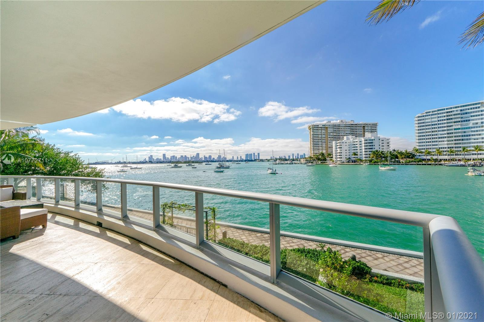 1470  16th St #201 For Sale A10772711, FL