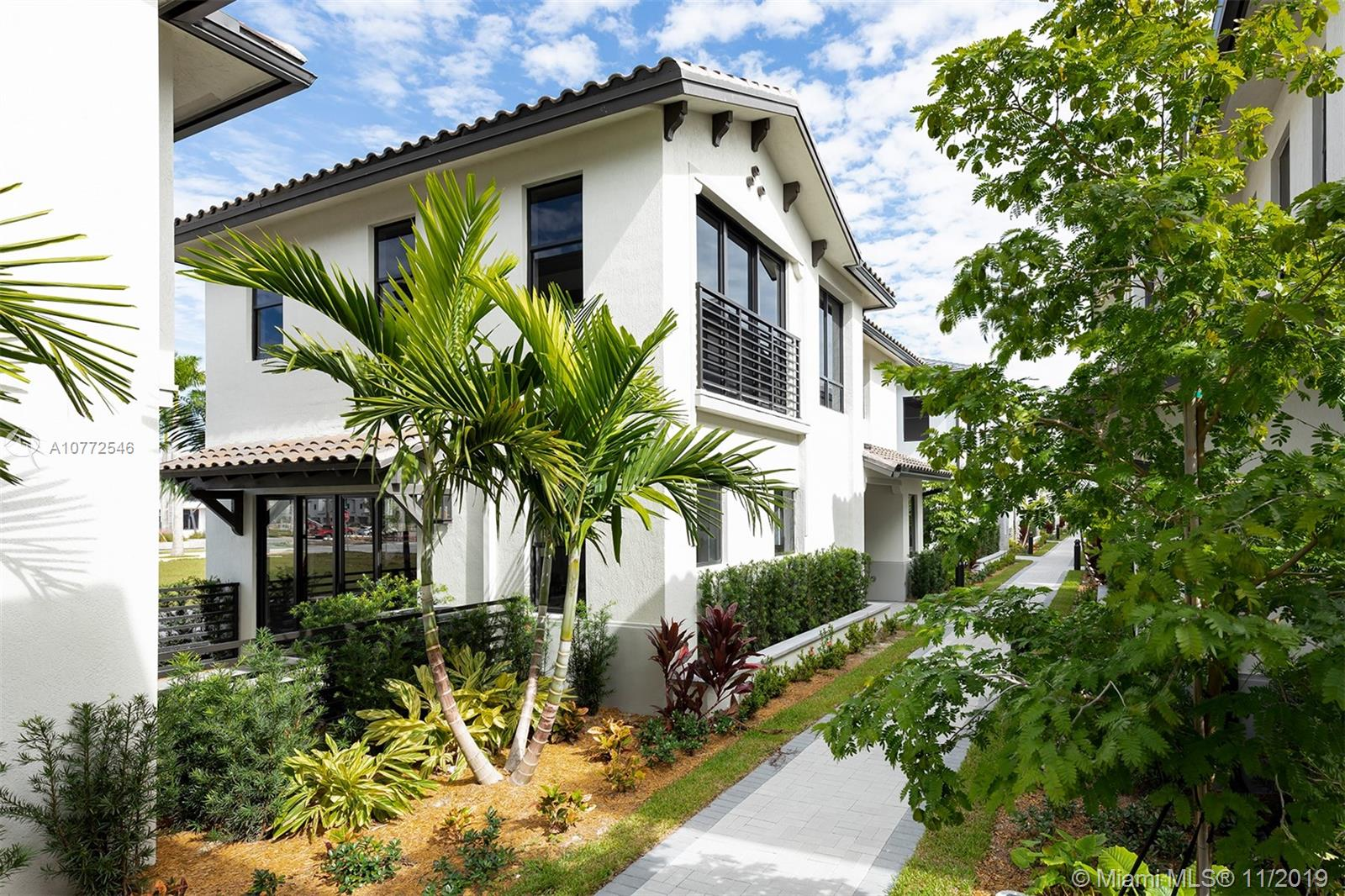 8268 NW 46th Ter  For Sale A10772546, FL