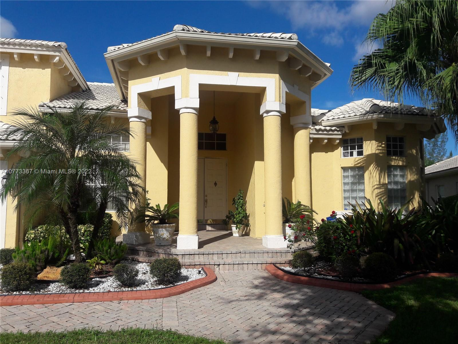 16707 NW 20th St, Pembroke Pines, FL 33028