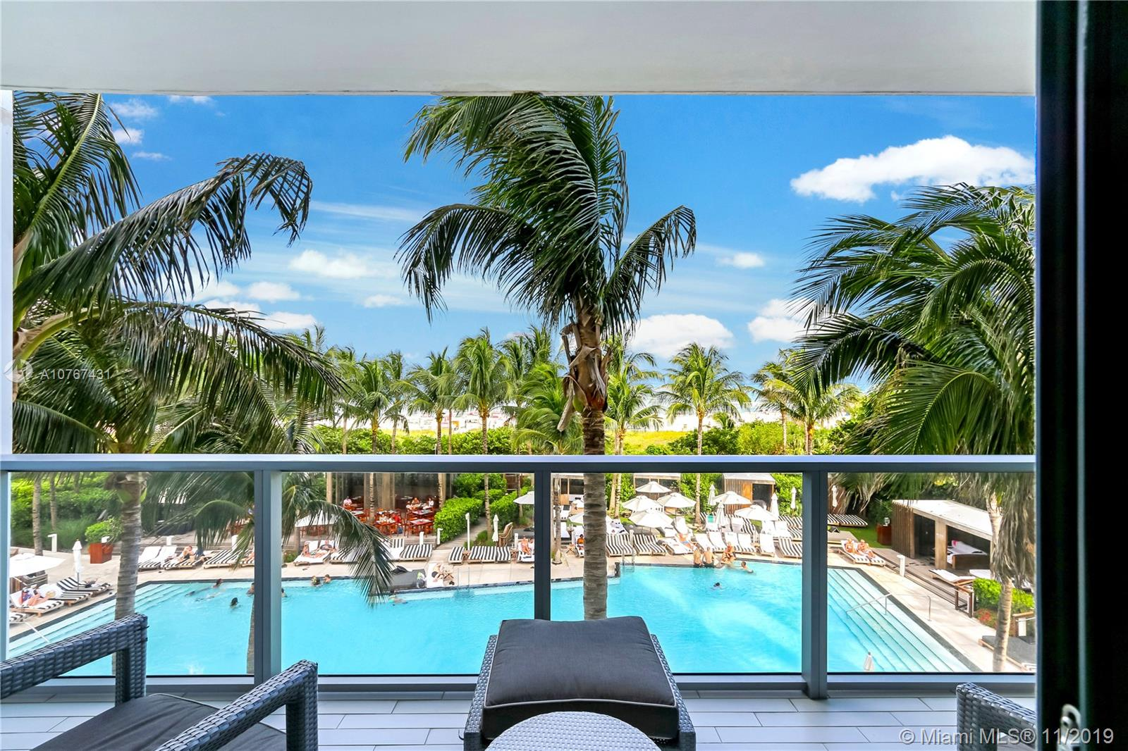 2201  Collins Ave #330 For Sale A10767431, FL