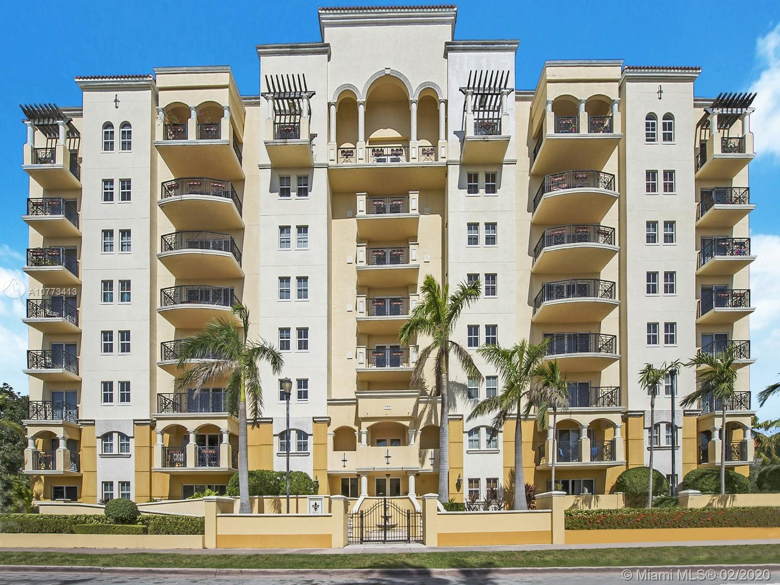 101  Sidonia Ave #404 For Sale A10773413, FL