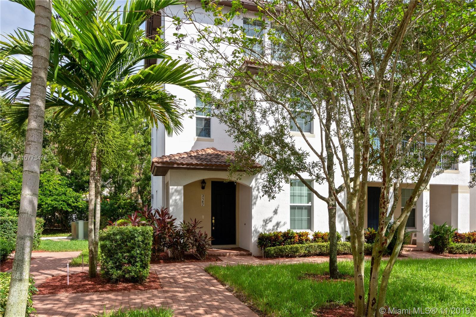 2547 S W 118th Way #301 For Sale A10773478, FL