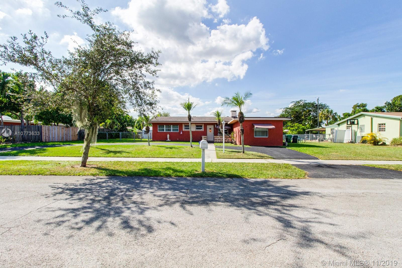 20610  Jacaranda Rd  For Sale A10773633, FL