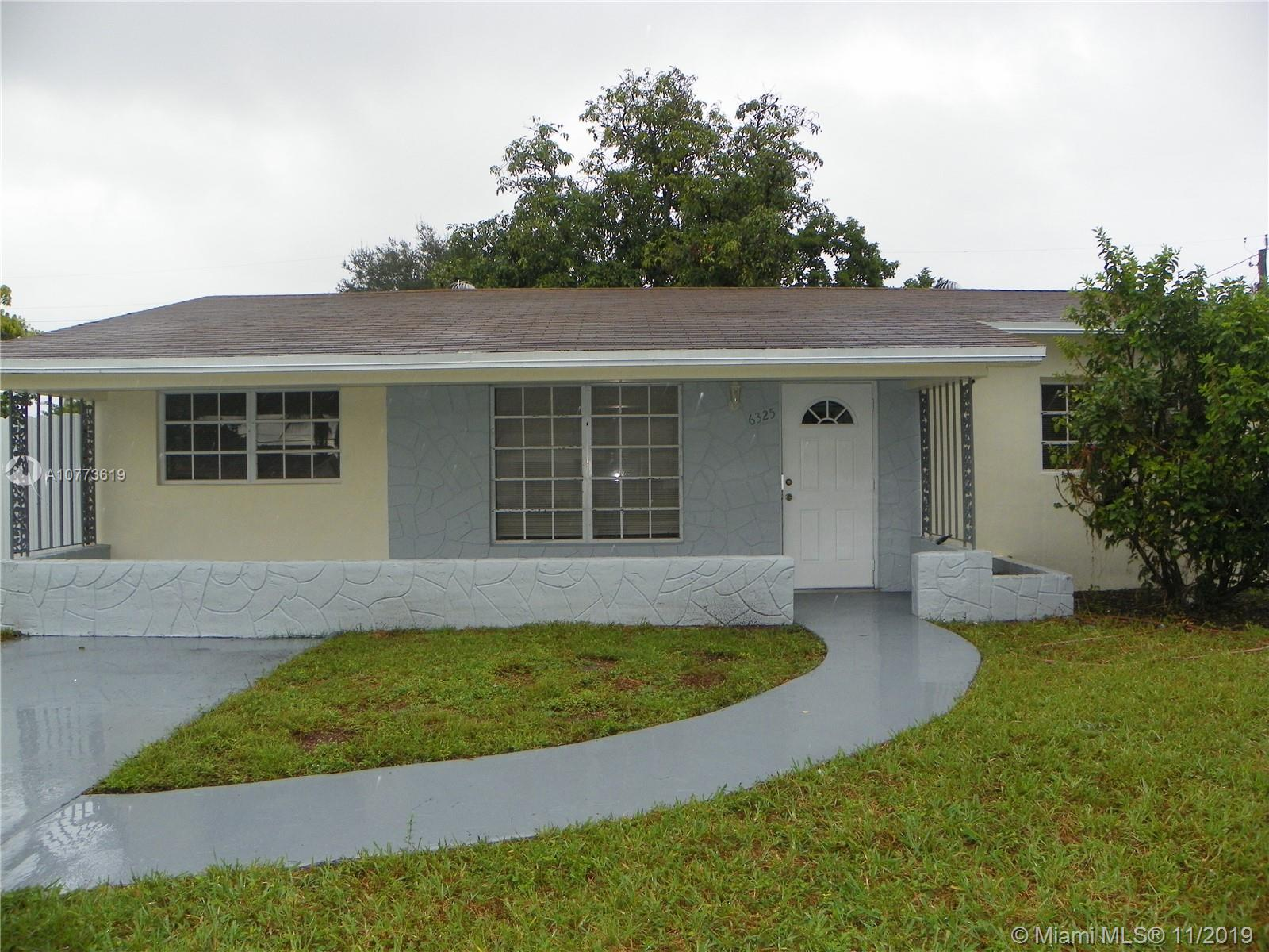 6325  Plunkett St  For Sale A10773619, FL