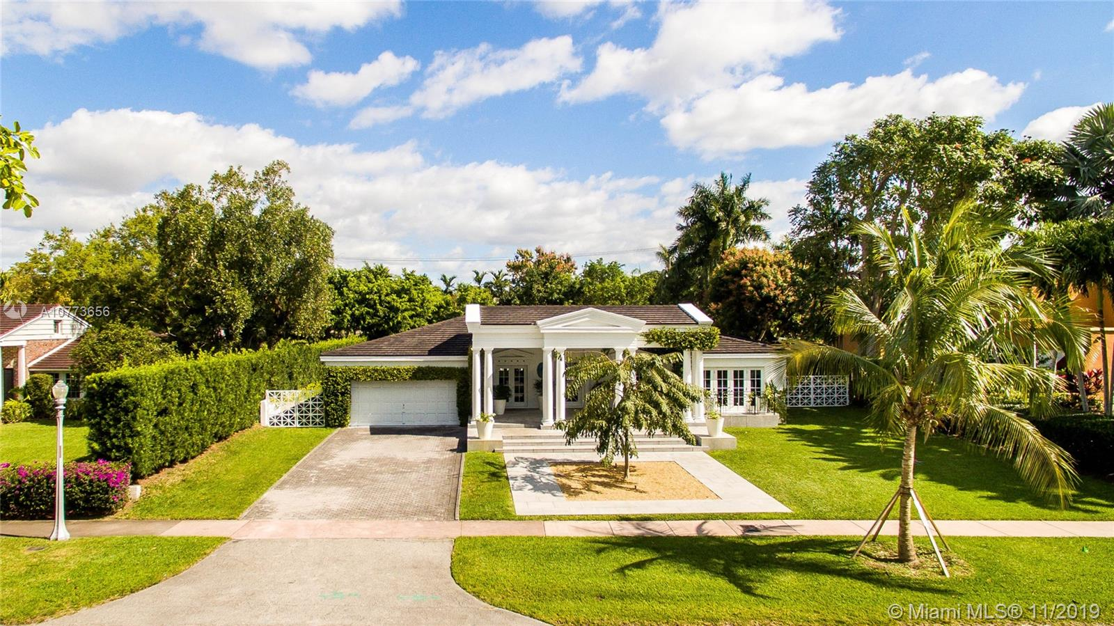 757 N Greenway Dr  For Sale A10773656, FL