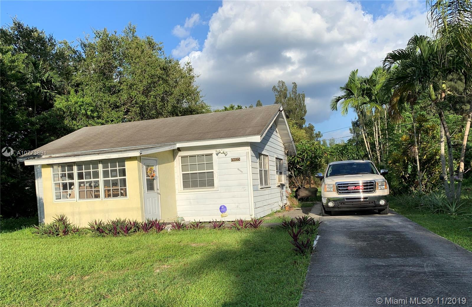 15025 N E 8th Ave  For Sale A10773891, FL