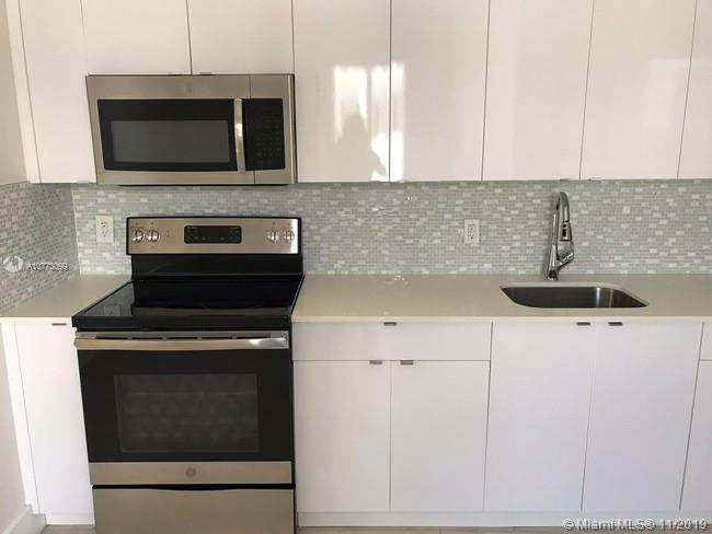 6918  Bay Dr #12 For Sale A10773099, FL