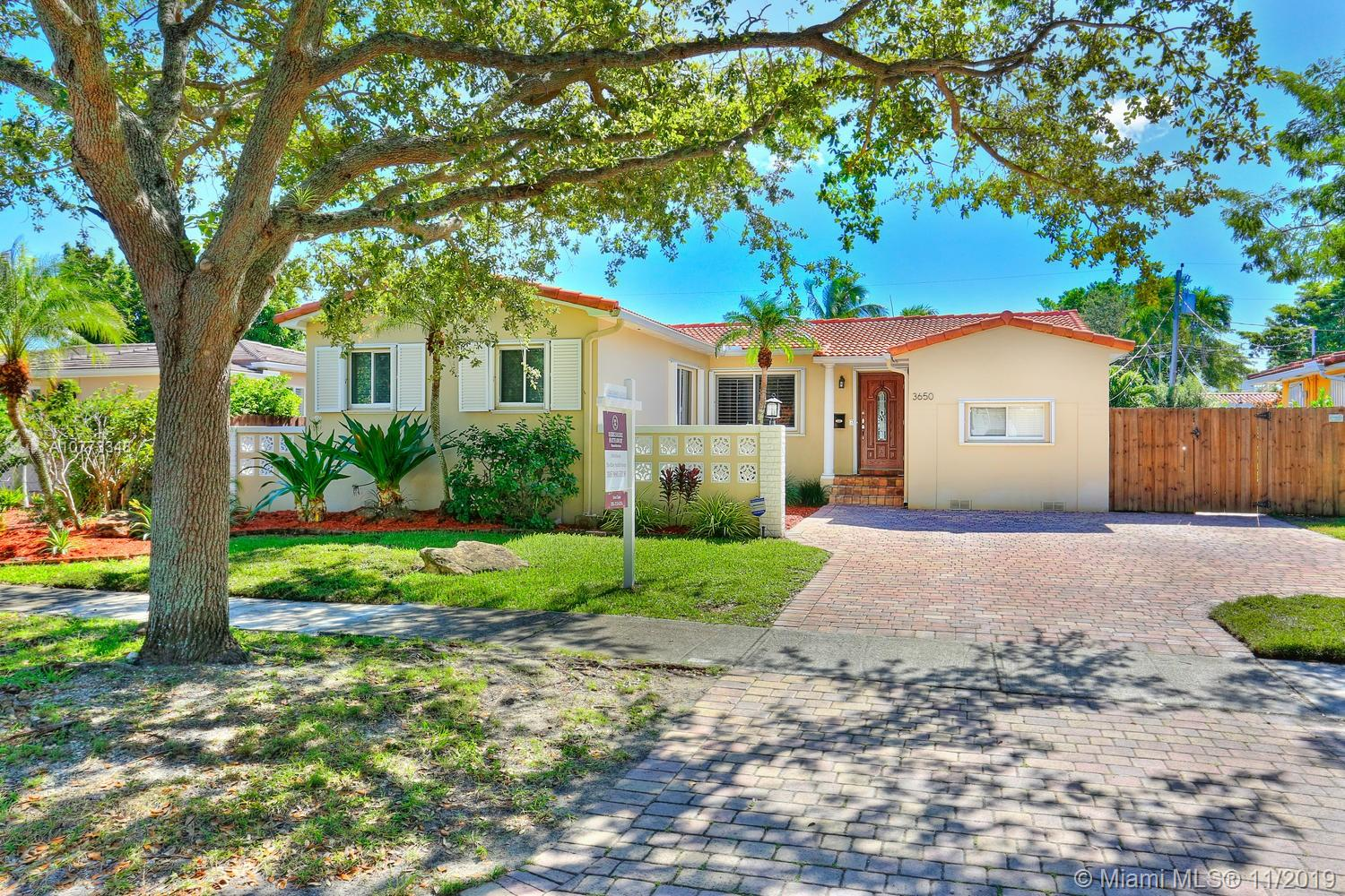 3650 SW 19th St  For Sale A10773348, FL