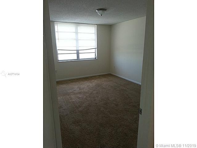 13390 NE 7th Ave #401 For Sale A10774104, FL