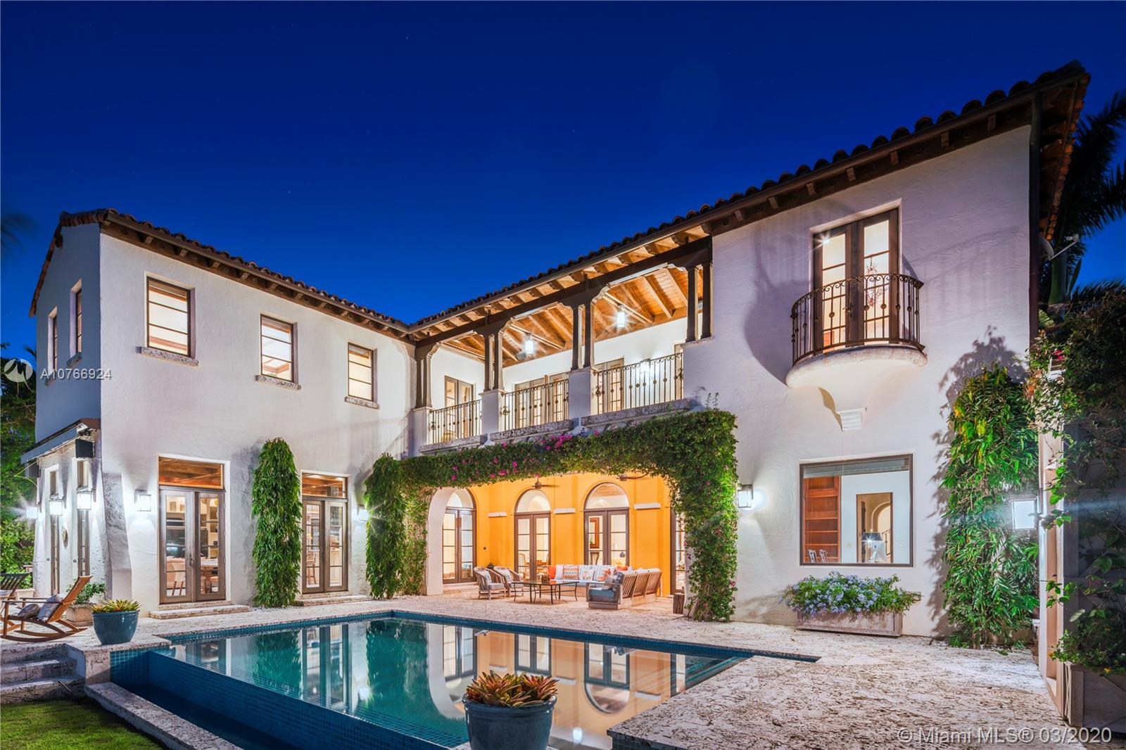 4420 N Bay Rd  For Sale A10766924, FL