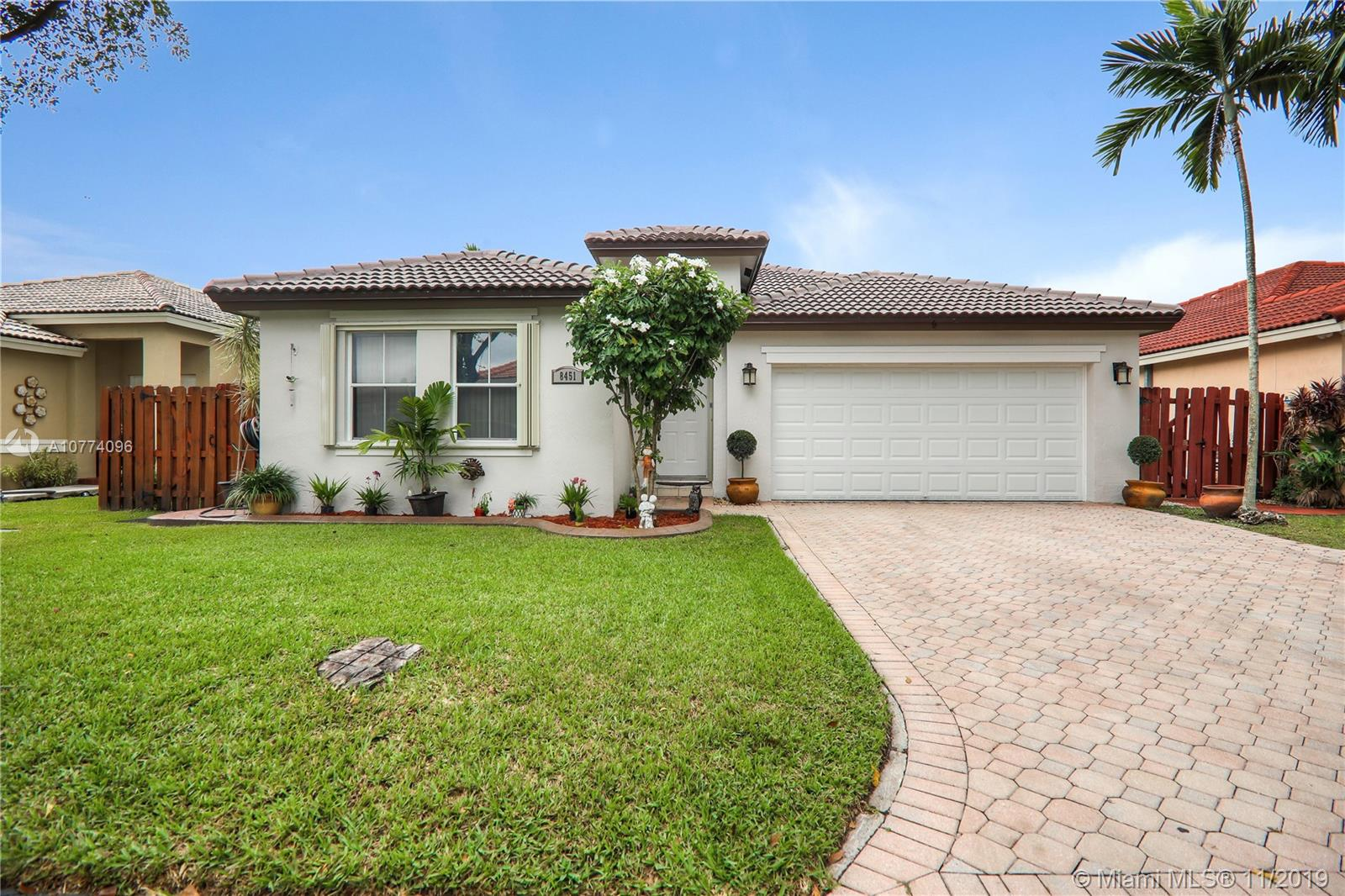 8451 SW 163rd Pl  For Sale A10774096, FL