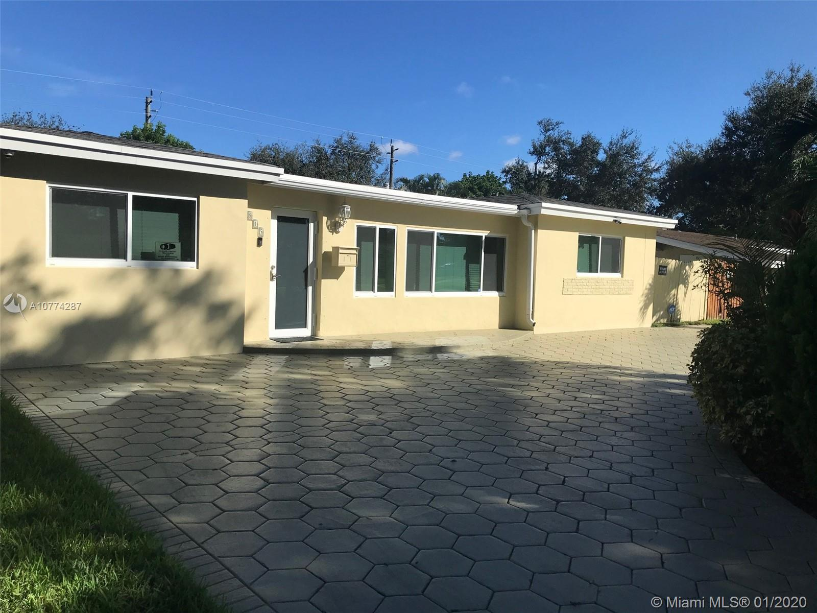 1815 N 46th Ave  For Sale A10774287, FL