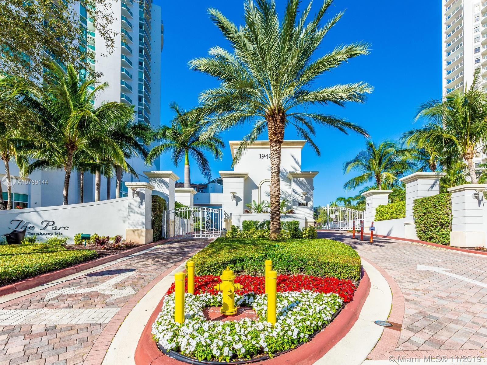19400  Turnberry Way #612 For Sale A10769144, FL