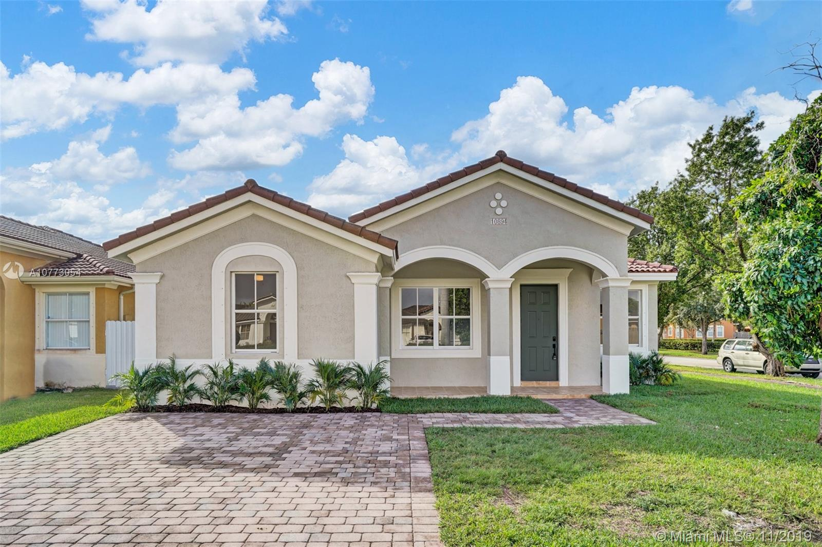10894 SW 242nd St  For Sale A10773054, FL