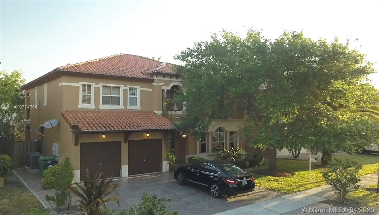 15555 SW 26th Ter, Miami, FL 33185