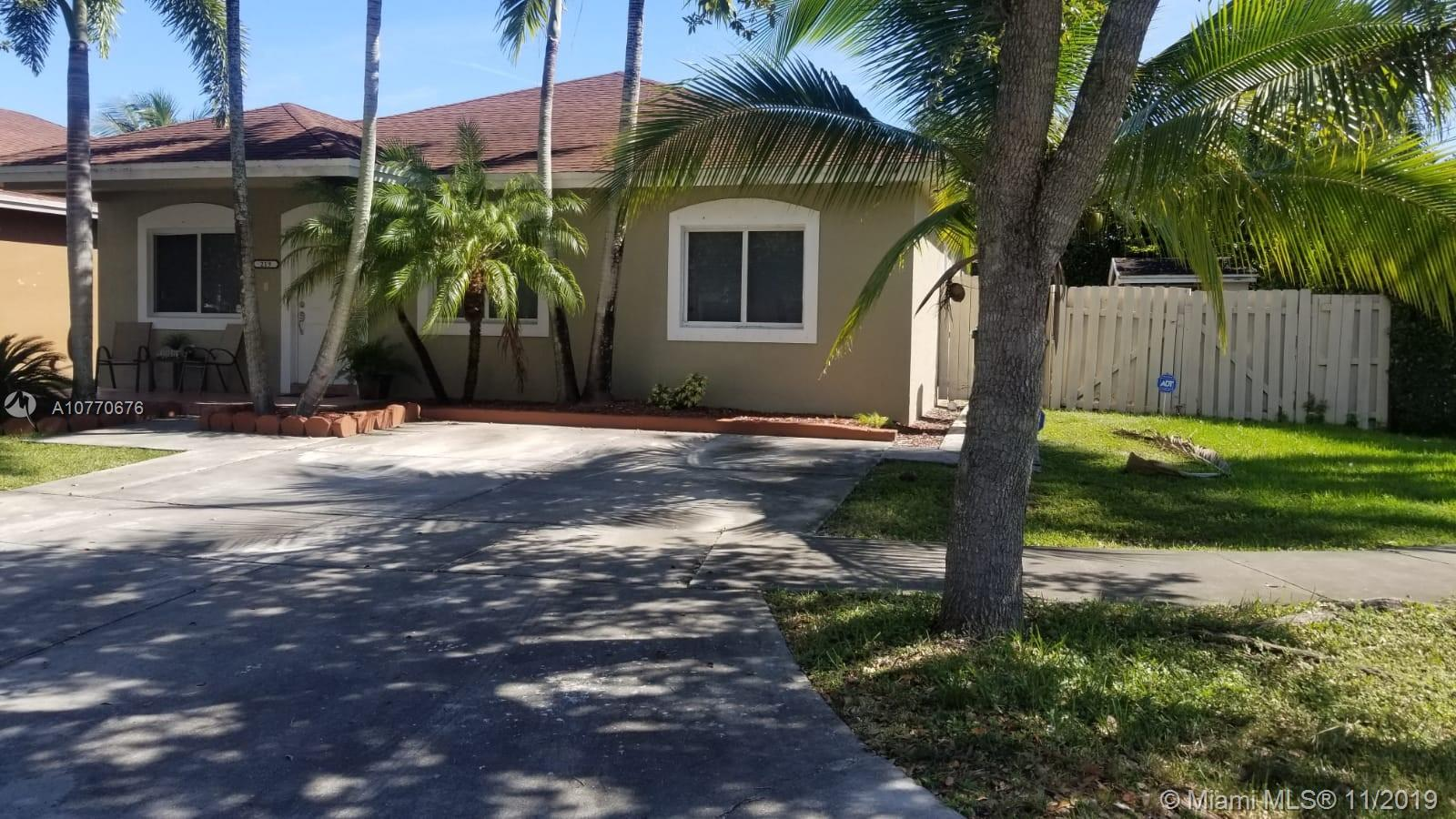 219 SW 15th Rd  For Sale A10770676, FL