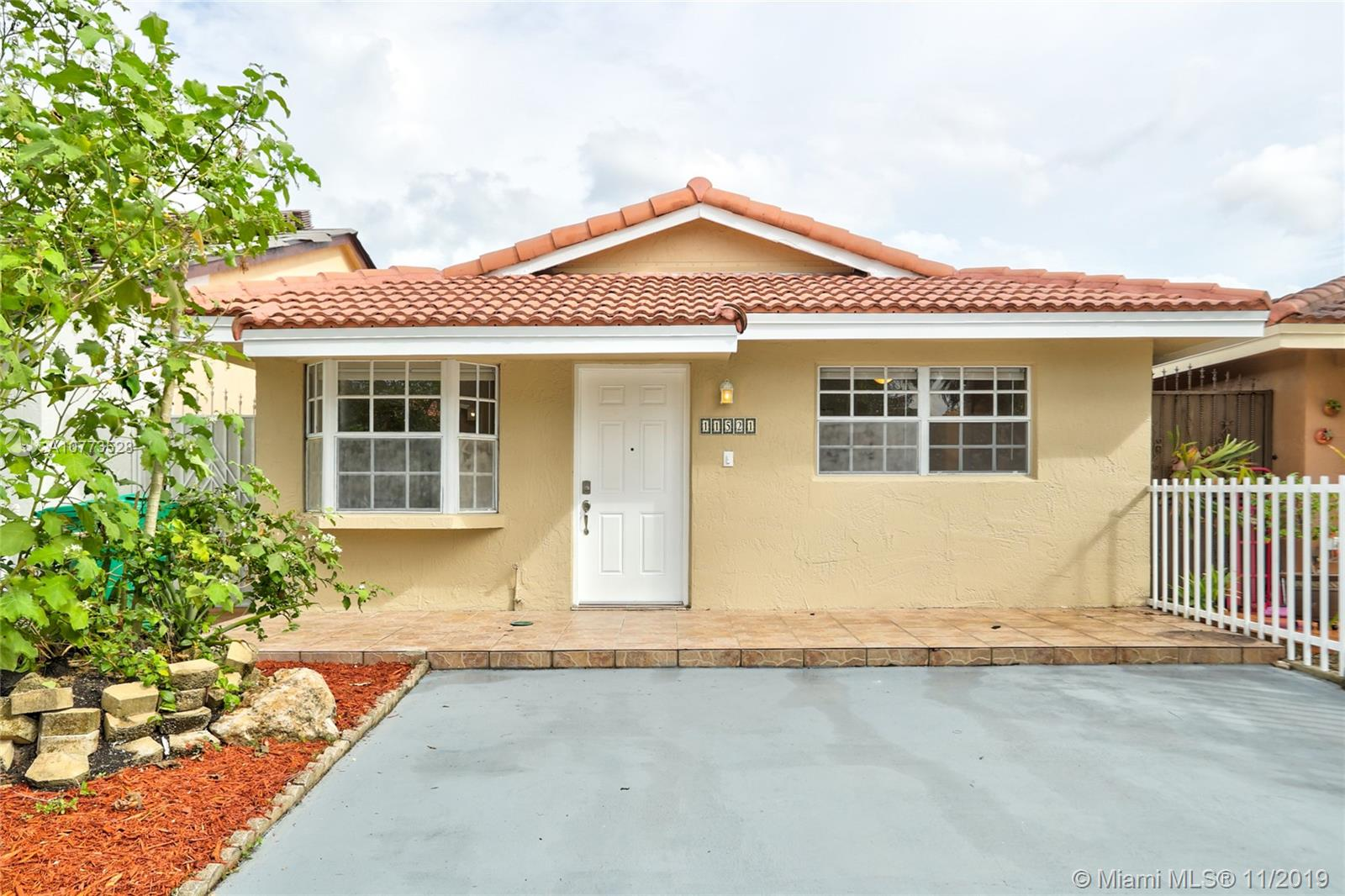 11521 NW 88th Ave  For Sale A10773528, FL