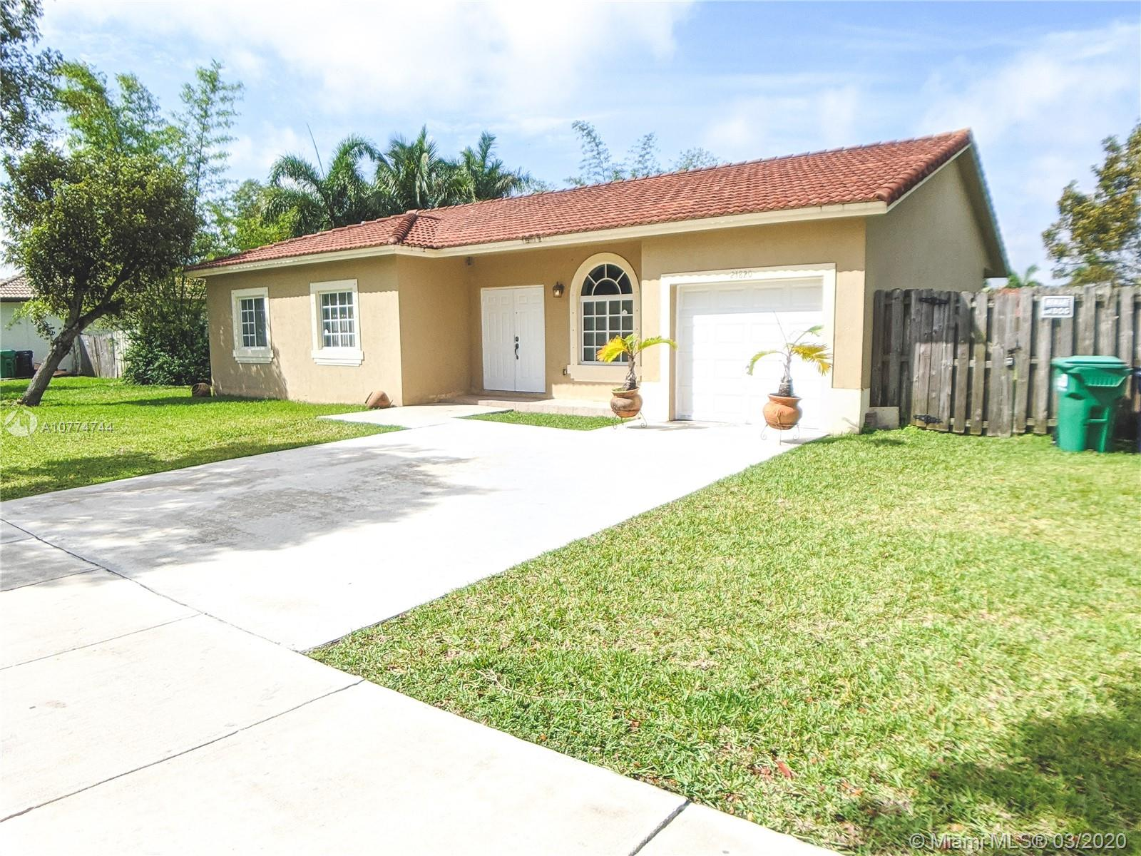 21820 SW 129th Ave  For Sale A10774744, FL