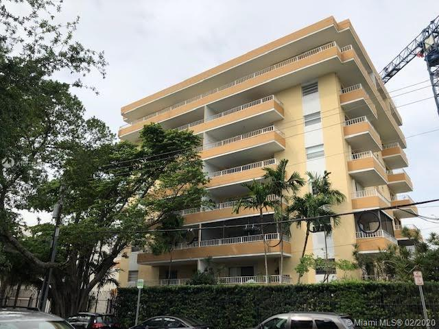 3304  Virginia St #2B For Sale A10774549, FL