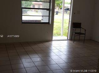large updated 3/1 house , bricks Shed, great location,close to all shopping, banks, Galleria mall & beach .must see!!Tenant in place paying $1400 a month for almost 2 years.Please do not disturb tenants.