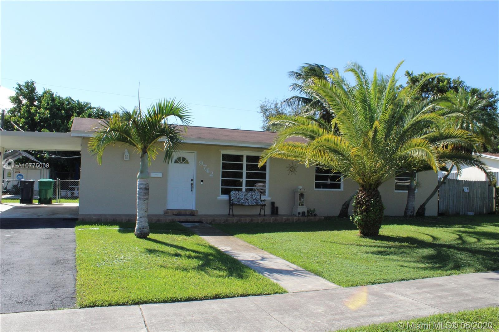 9742 SW 165th St  For Sale A10775039, FL