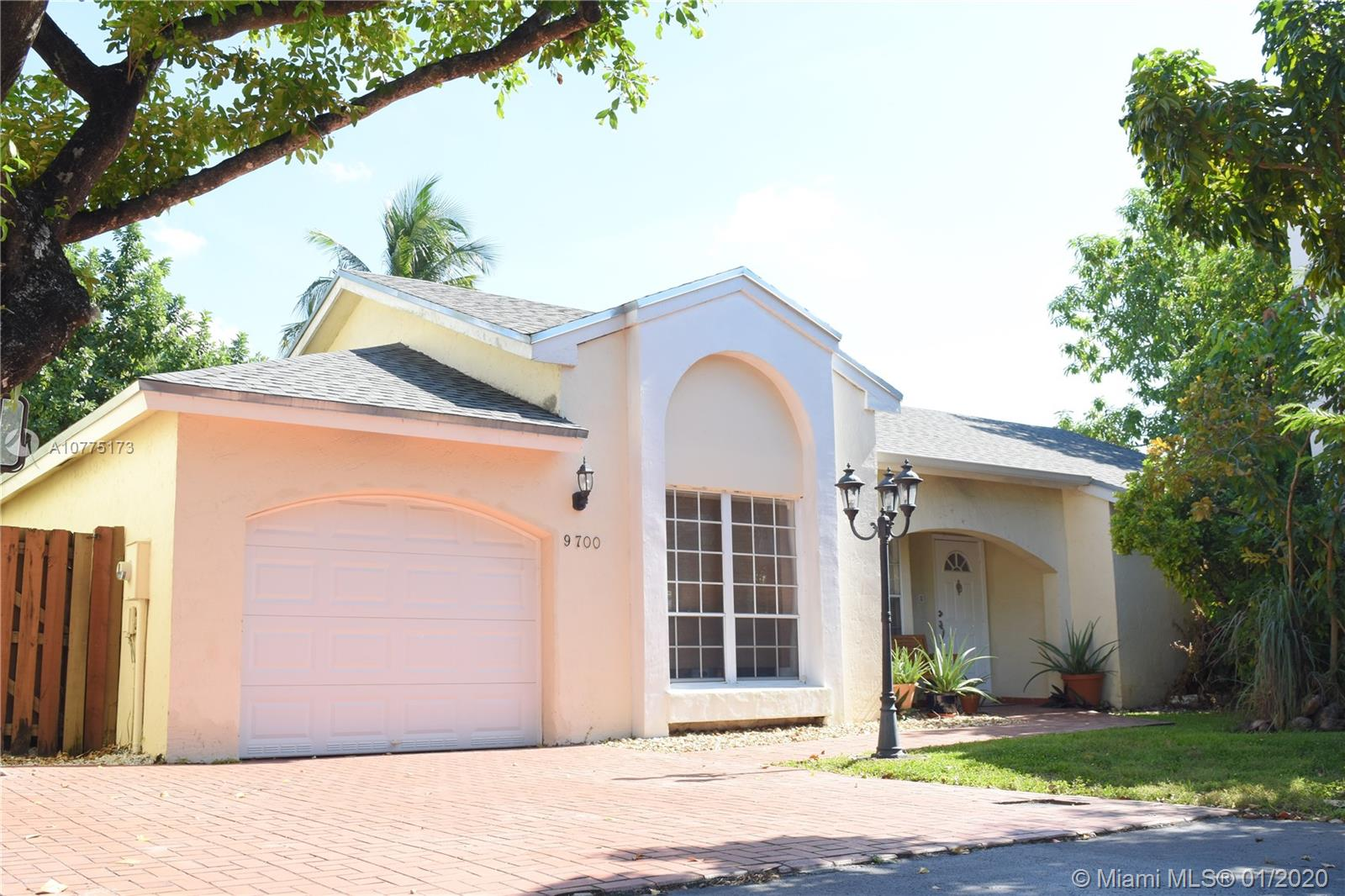 9700 NW 51st Ln  For Sale A10775173, FL