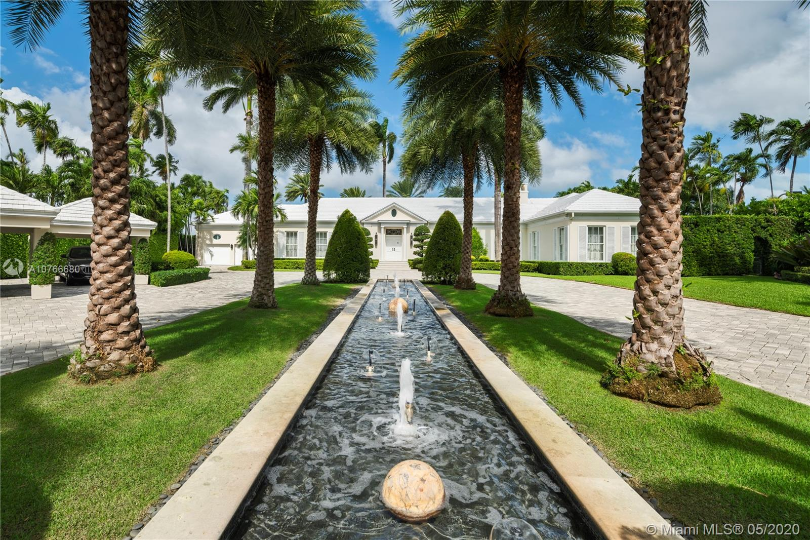 1525 N View Dr  For Sale A10766680, FL