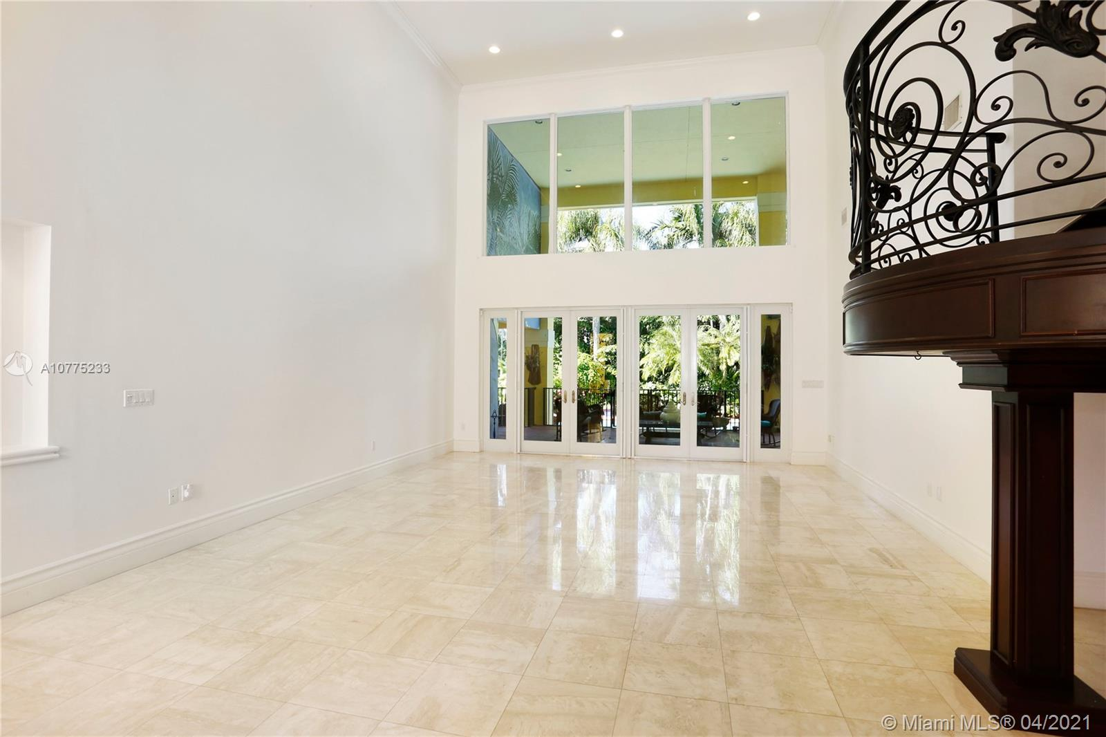 Image 4 For 355 Costanera Rd