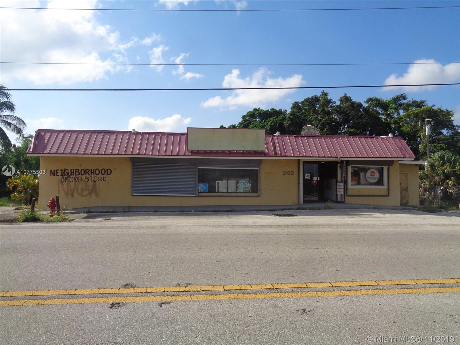 262 E 7th St, Pahokee, FL 33476