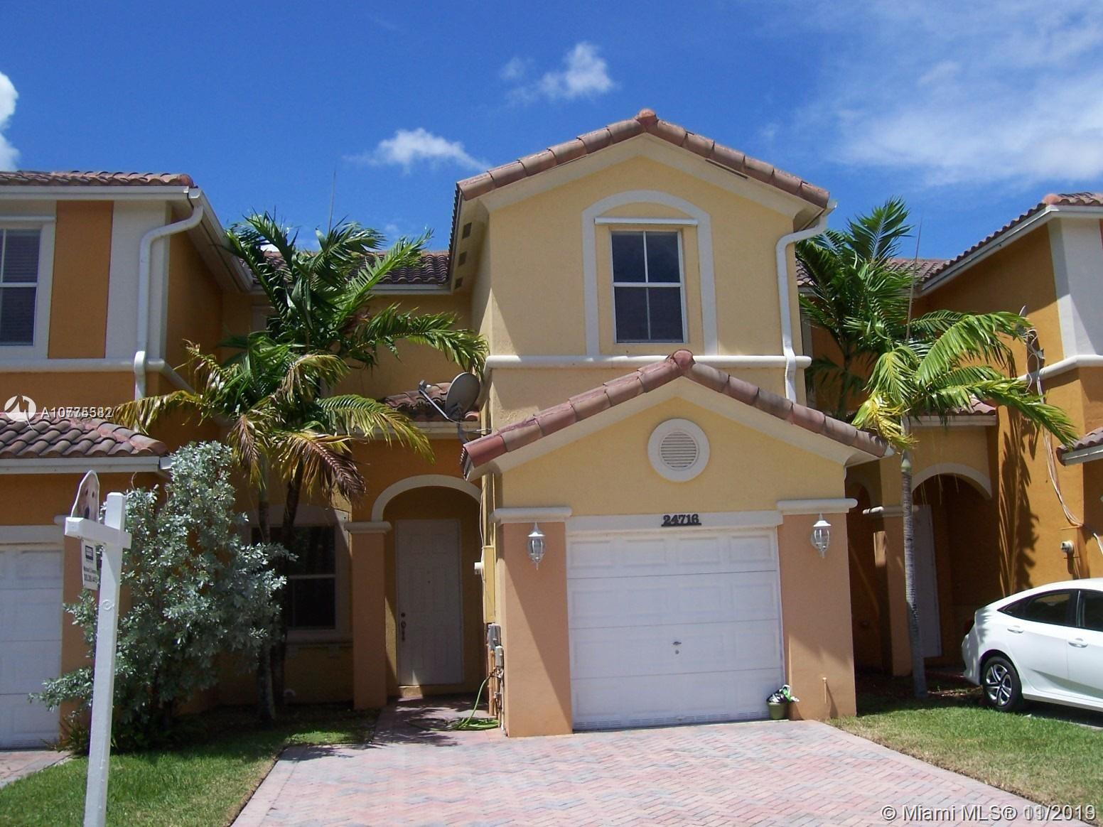 24716 SW 110th Ave  For Sale A10775582, FL