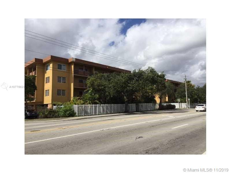 13480 NE 6th Ave #103 For Sale A10775628, FL