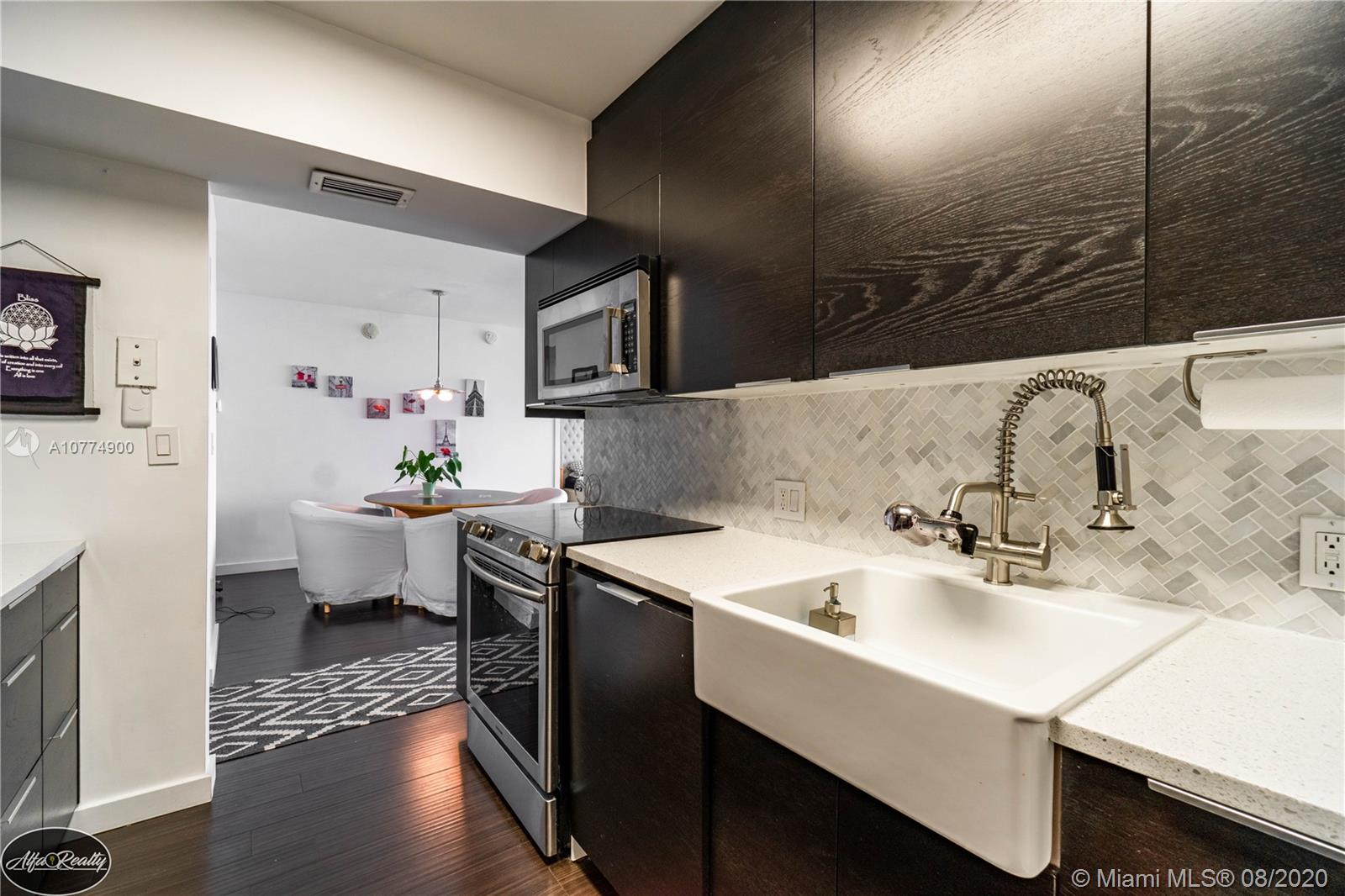 3625 N Country Club Dr #1904 For Sale A10774900, FL